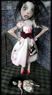 Click to see Annabel Lee ghost dolls little and large